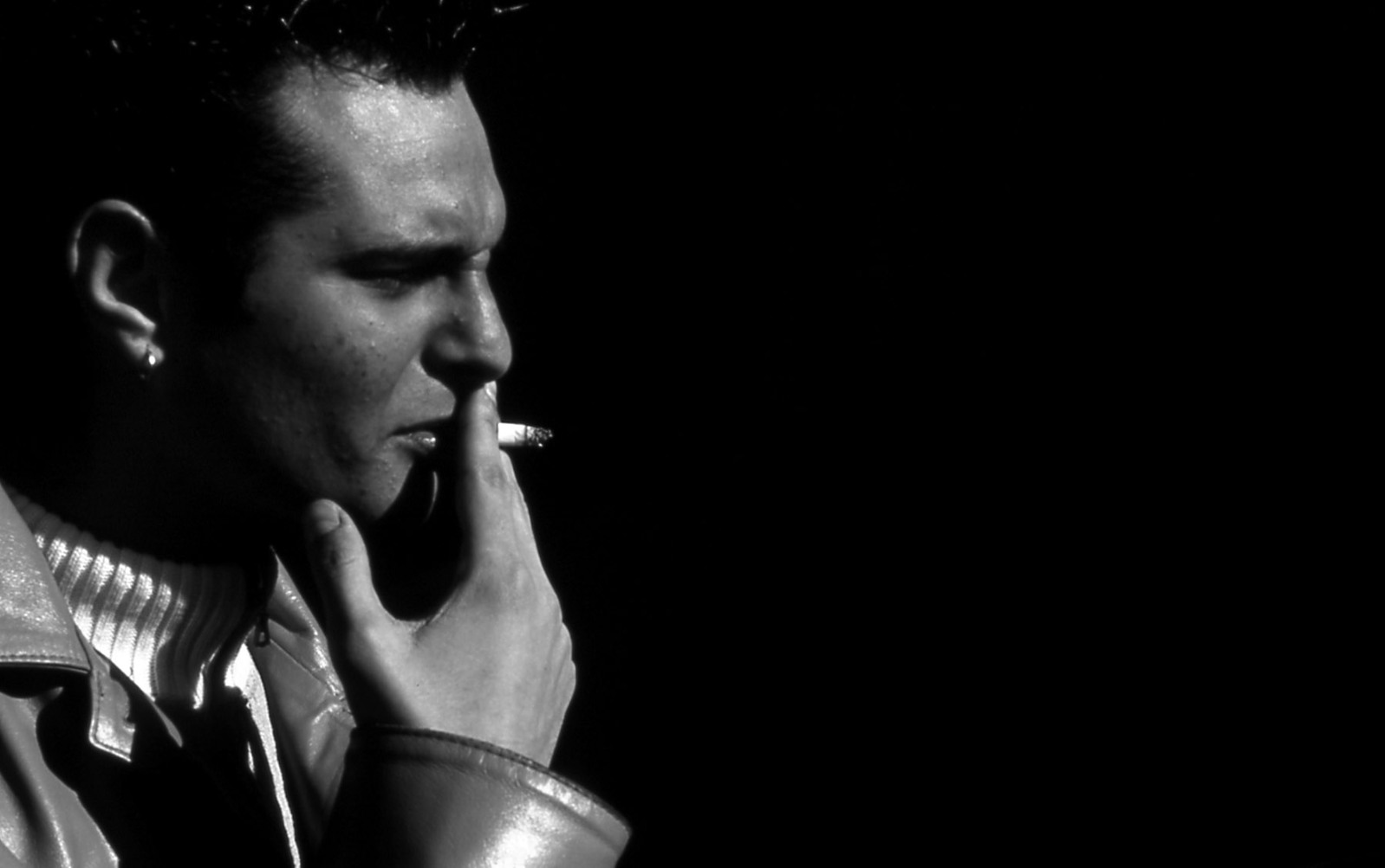smoking-1439550-1598×1002