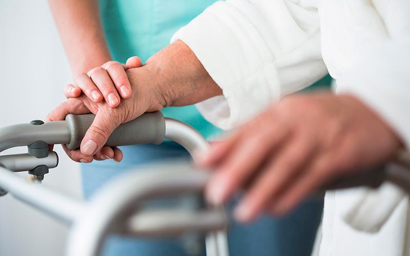 elderly-care-istock-587940524