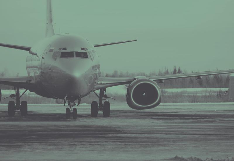 plane-1030900_1920