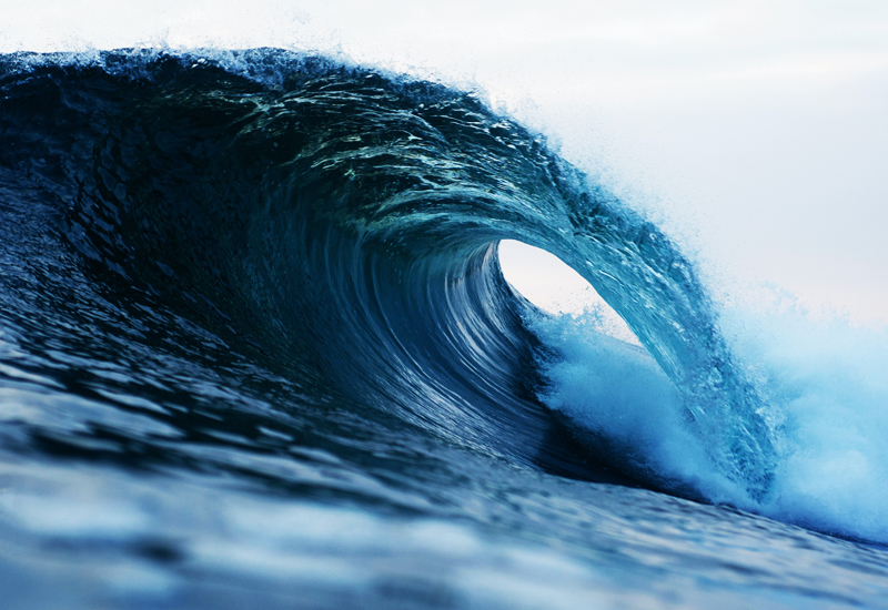 photography-of-barrel-wave-1298684