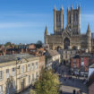Lincoln_Cathedral_from_castle_wall_1_1