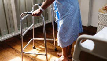 adult-care-elderly-748780 (1)